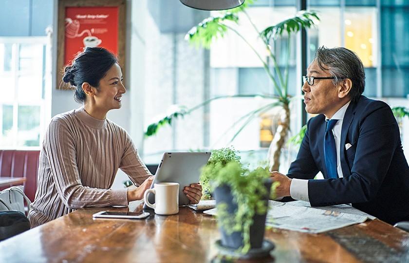 沖縄県那覇市の株式会社ホウオンは、お客様の想いと言葉を大切にして、生活者に「伝わる広告」を創りつづけます。