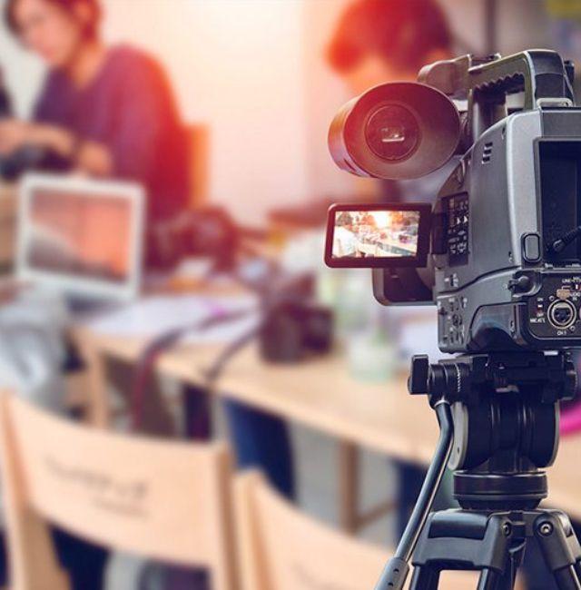 沖縄でテレビCMを制作・放送するなら、那覇市おもろまちの広告代理店「ホウオン」へ